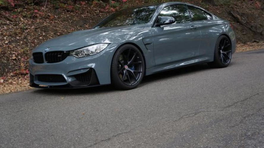 BMW M4 painted in Grigio Medio looks stunning with M Performance parts