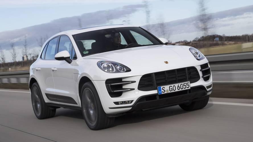 Emissziós problémák miatt több Porsche és Mercedes modellt is kitiltottak Svájcból