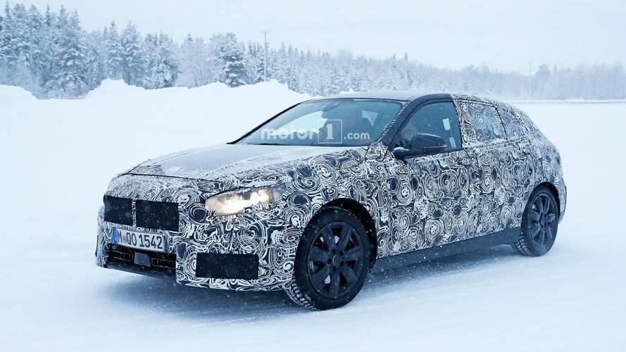 El futuro BMW Serie 1 2018 se pone a punto sobre la nieve