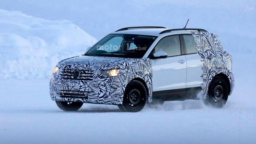 Flagra - VW T-Cross (SUV do Polo) aparece em testes na neve
