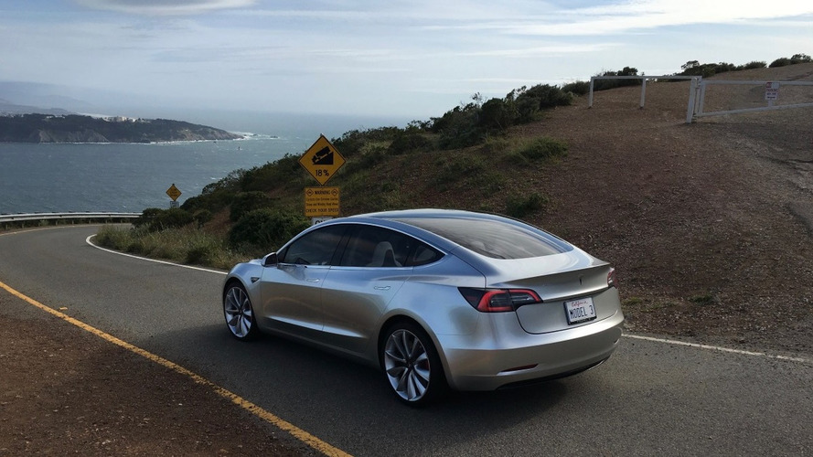 Tesla Model 3 - Commandez aujourd'hui, la livraison en 2018 !