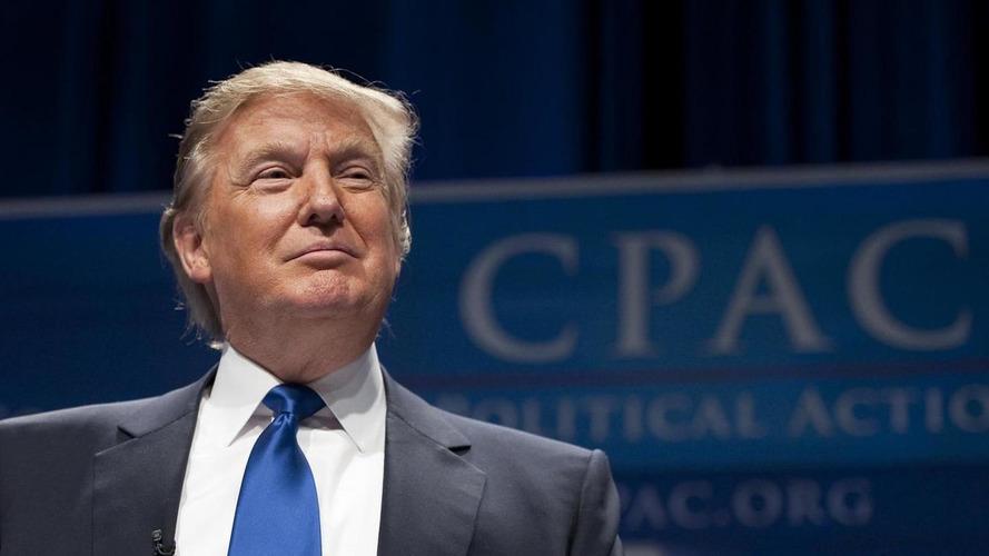 Trump delays final decision on EPA fuel economy regs until next year