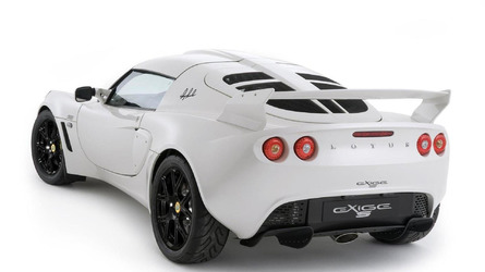 https://icdn-0.motor1.com/images/mgl/Y7Zpq/s6/2010-204344-lotus-exige-s-rgb-special-edition-21-06-20101.jpg