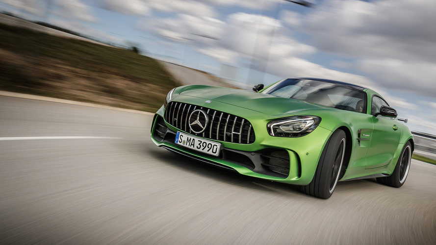 Mercedes-AMG GT R vs Porsche 911 GT2 RS: The numbers