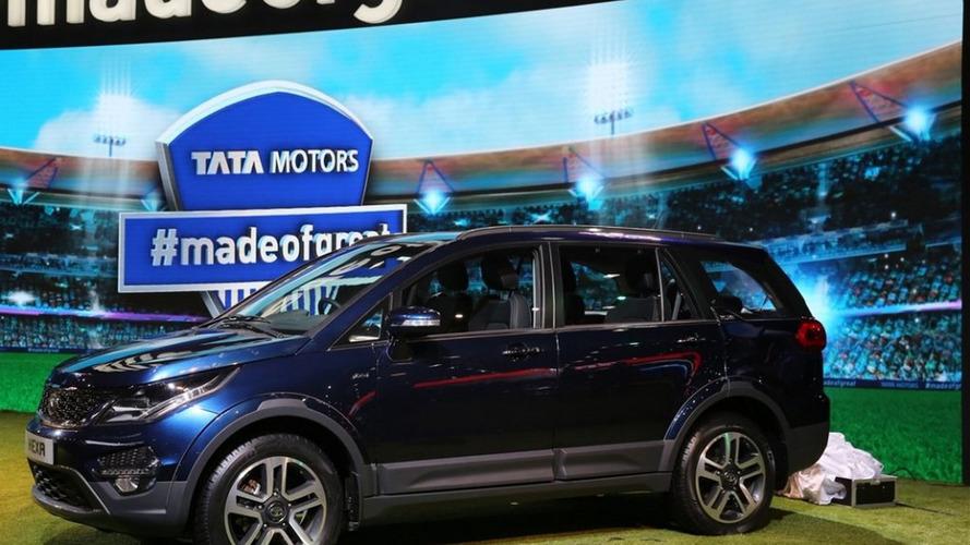 Tata Hexa arrives in production form at Auto Expo