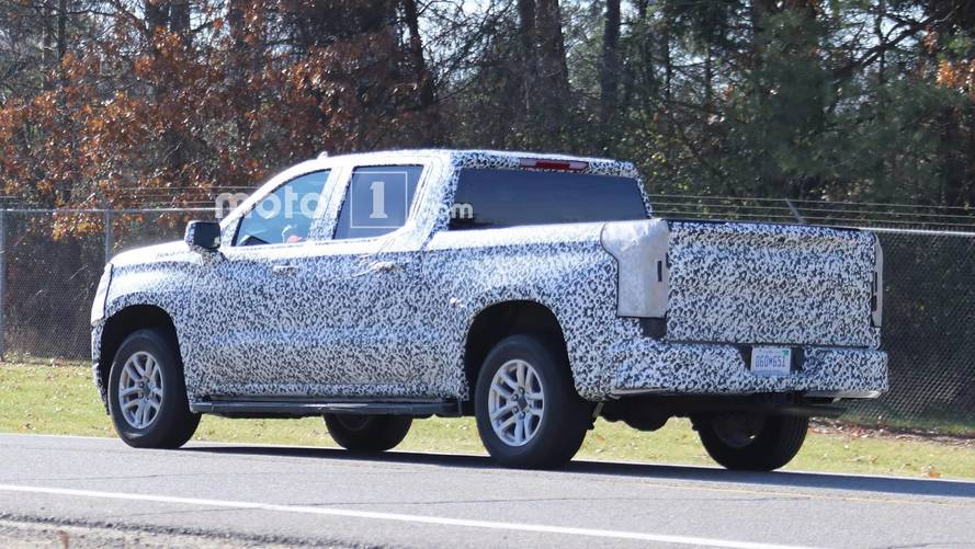 Next-Gen Chevy Silverado, GMC Sierra Could Get Carbon Fiber Beds