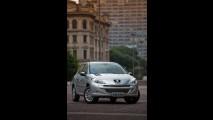 Peugeot lança linha 207 2012 com novos itens e mudanças visuais - Veja tabela de preços