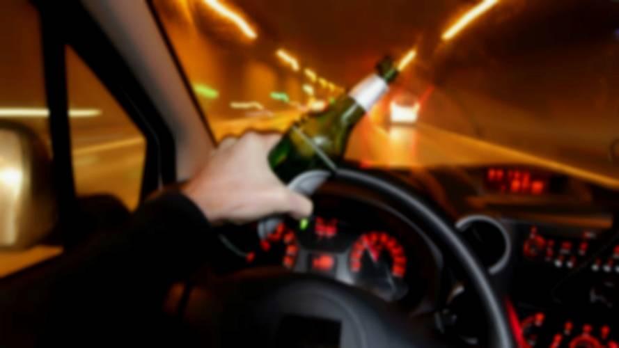 Auto e alcol, coppia maledetta