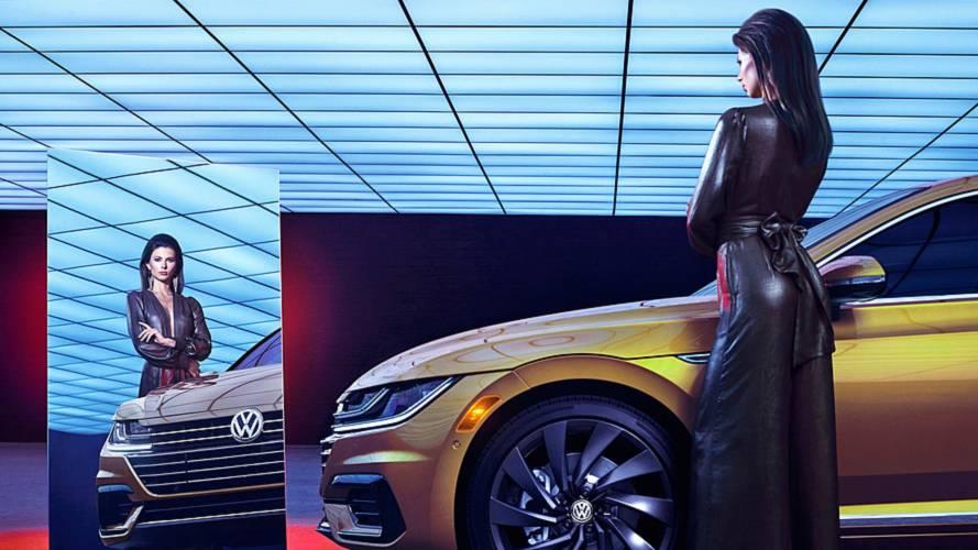 Volkswagen Arteon'dan Petersen müzesinde muhteşem pozlar