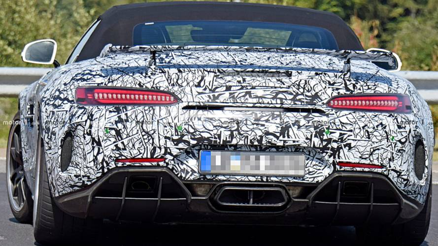 Mercedes-AMG GT-R Roadster Spy Photos