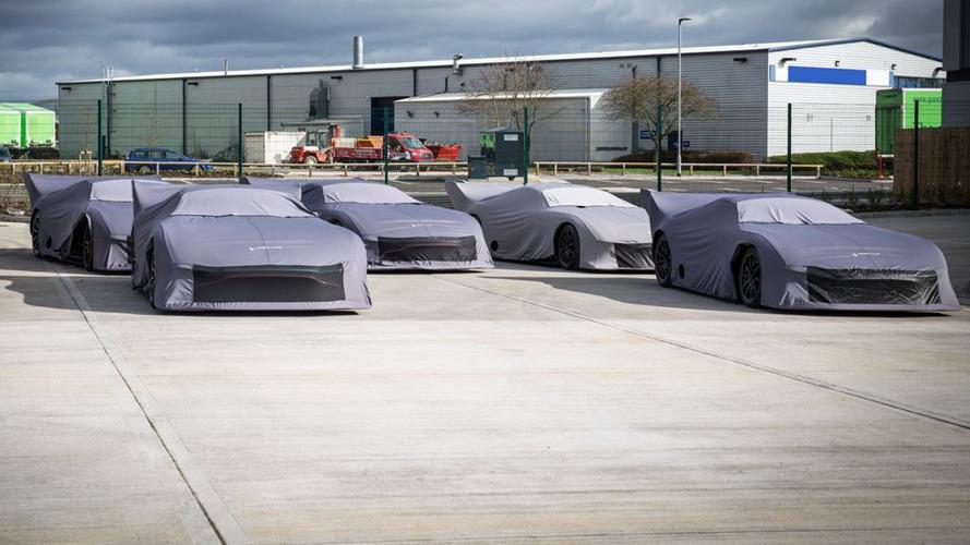Les cinq premières Aston Martin Vulcan prêtes à être livrées