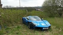 Ferrari 488 Spider crash