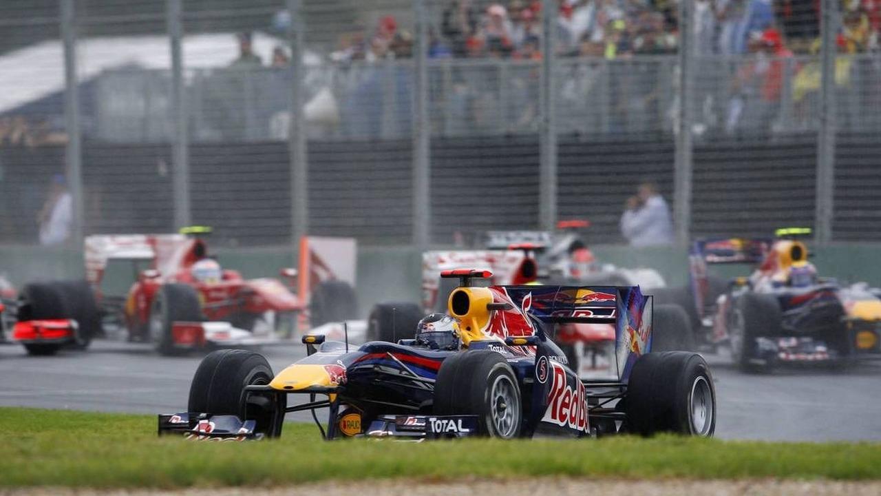 Sebastian Vettel (GER) loses brakes, Australian Grand Prix, Sunday Race, 28.03.2010 Melbourne, Australia