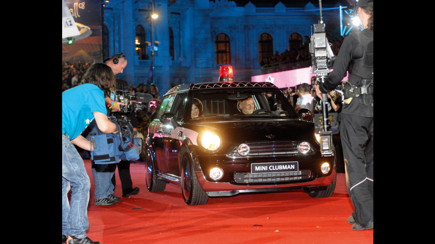 Venduta a 45.000 euro la MINI Clubman by Agent Provocateur