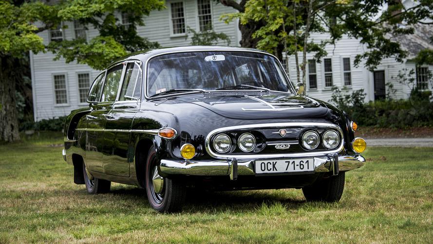 Klasik otomobiller geri mi dönüyor?