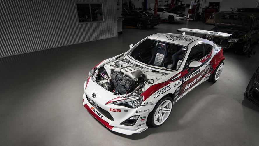 Karşınızda dünyanın ilk Nissan GT-R motorlu Toyota GT86'sı