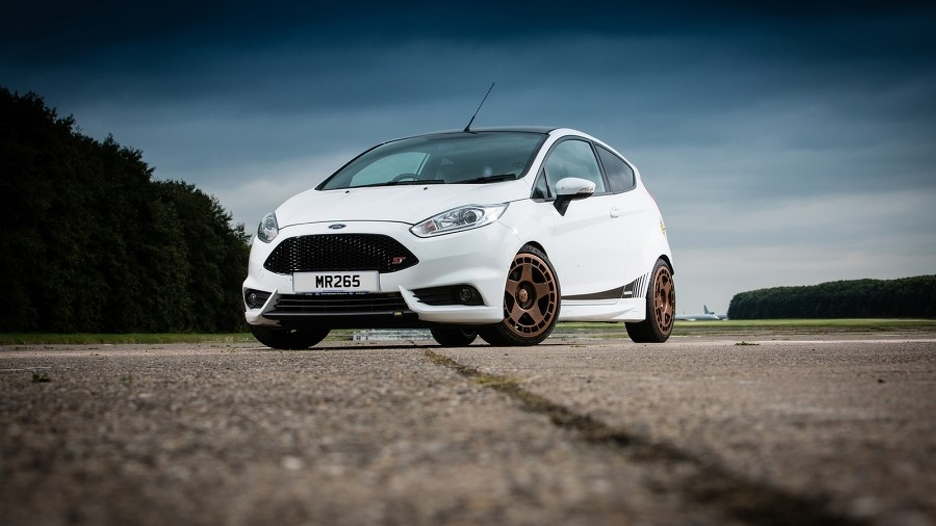 Fiesta St Aftermarket >> 261 Hp Ford Fiesta St By Mountune Is A Worthy Fiesta Rs Substitute