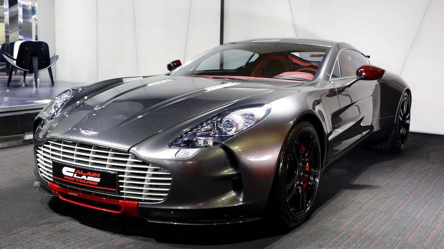 Bu Aston Martin One-77 Q-Series yeni bir ev arıyor