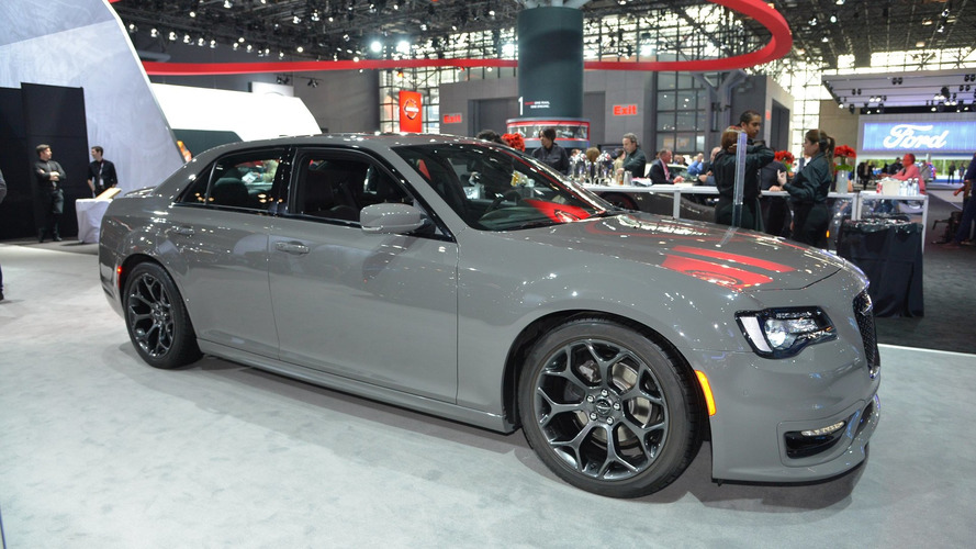 FCA Could Drop Dodge Grand Caravan, Journey, Chrysler 300