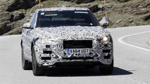 Jaguar F-Pace spy photo