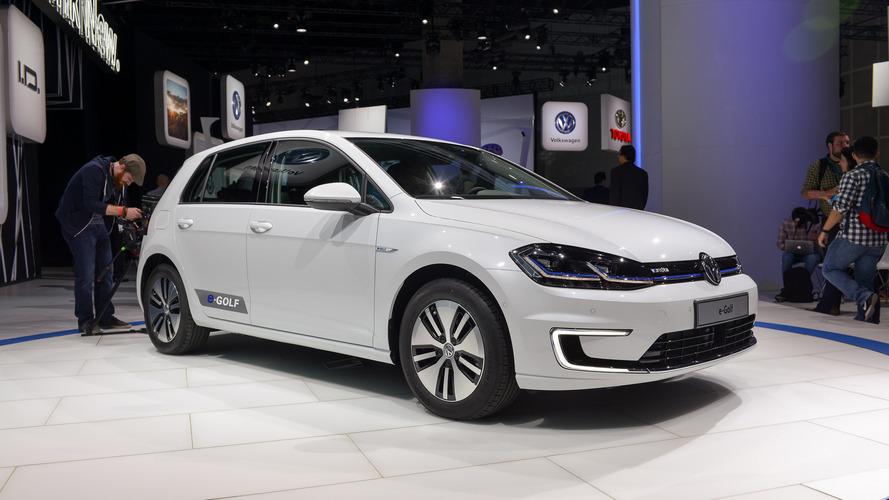Makyajlı Volkswagen e-Golf 300 kilometre menzile sahip