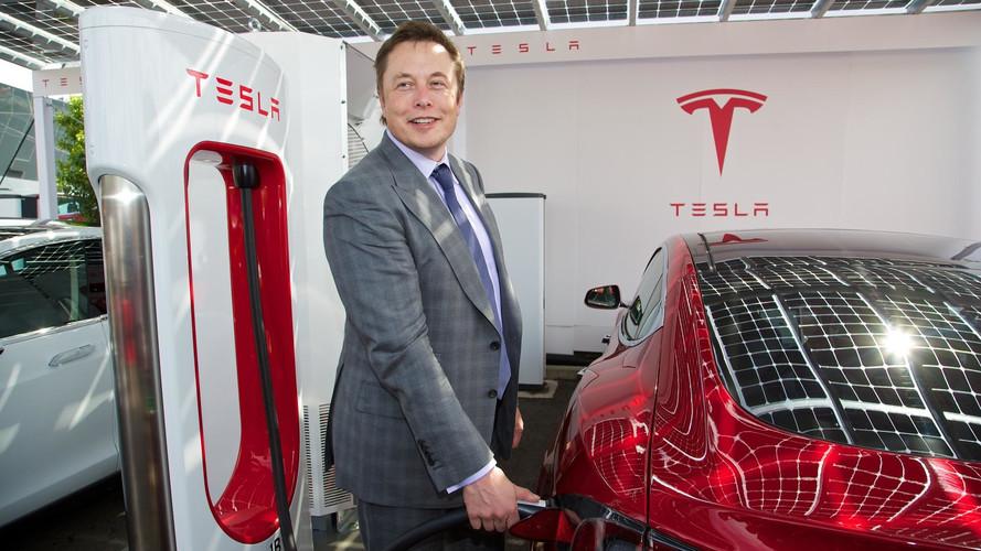 Elon Musk se plaint de l'attention des médias sur les crashs de Tesla