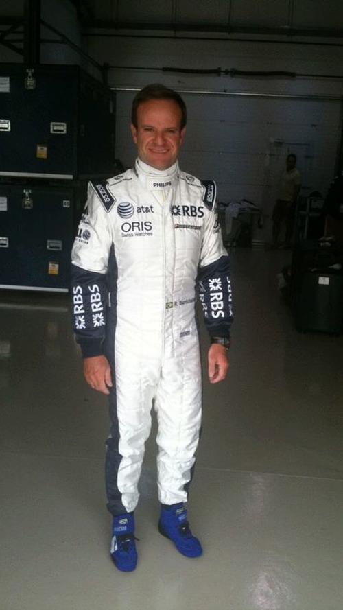 Button, Barrichello, show off new team uniforms