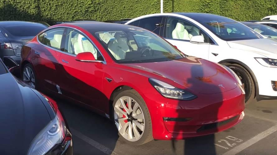 Watch First-Ever Walkaround Video Of Tesla Model 3 Performance