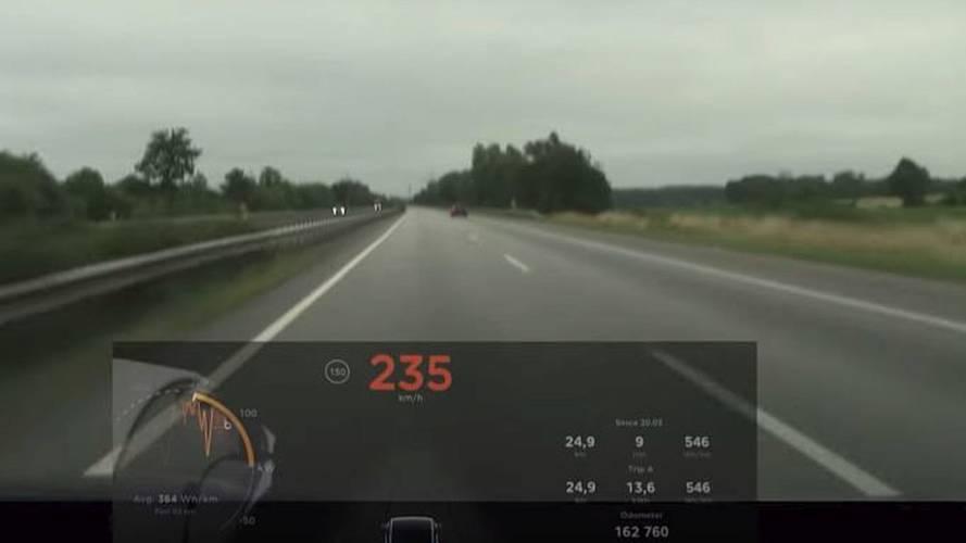 Watch Tesla Model X Outrun Audi SQ5