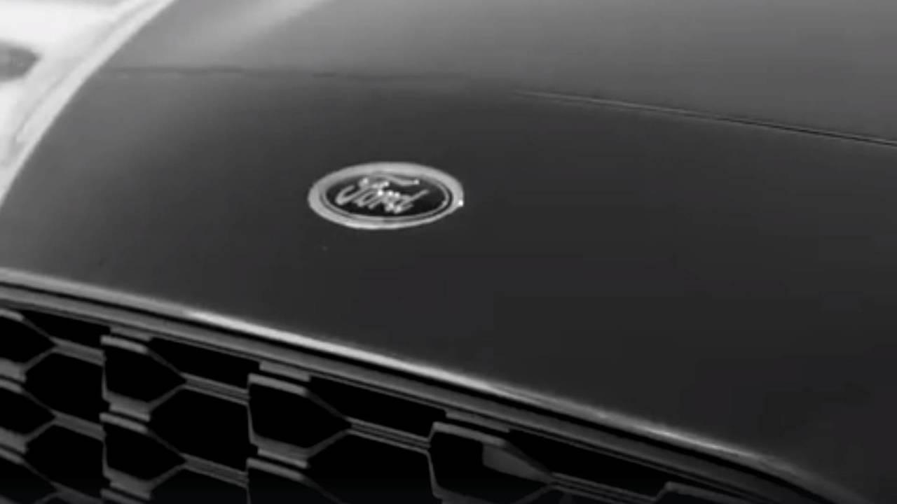 Ford Focus teaser 2018
