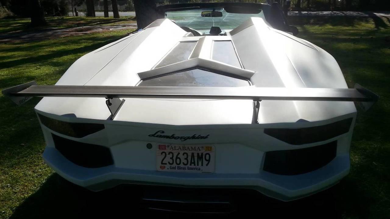2013 Lamborghini Aventador Roadster replikası