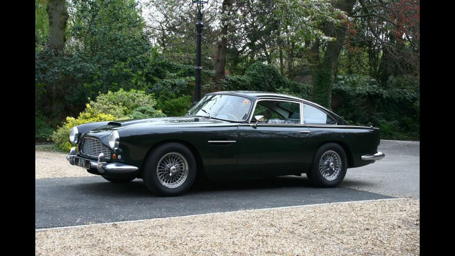 Un'Aston Martin Rapide all'asta per il Giappone