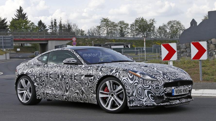 Makyajlanan Jaguar F-Type Nürburgring'de