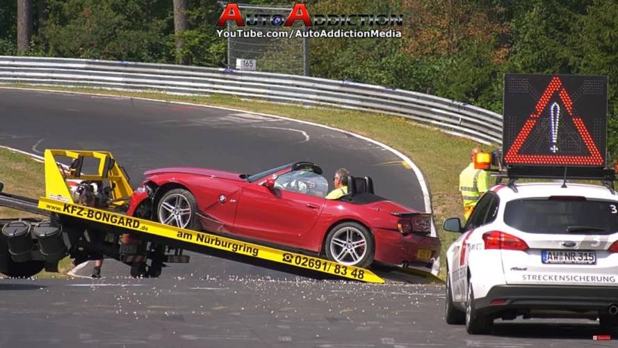 BMW Z4 M Hard Crash At Nurburgring