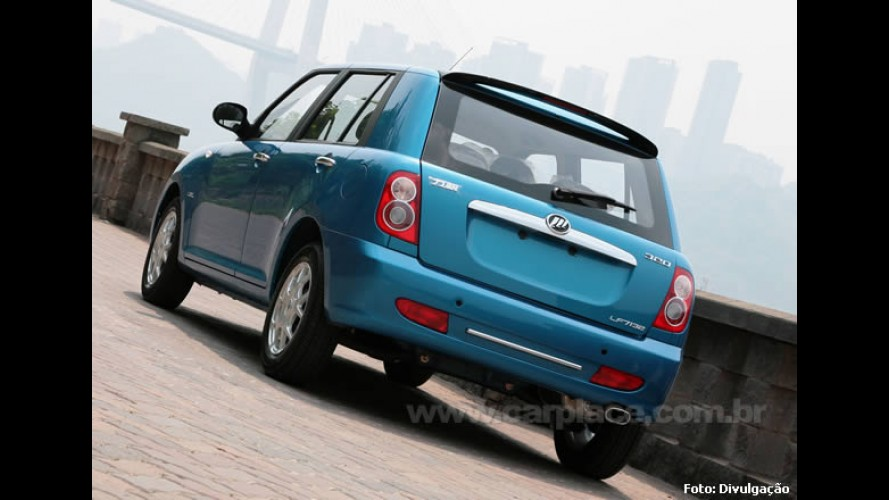 Lifan 320 chega ao Brasil por R$ 29.900 e o Lifan 620 Sedan por R$ 39.900