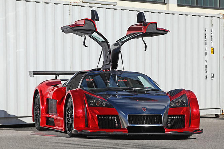 2M Designs IronCar is an Iron Man-Inspired Chrome Supercar