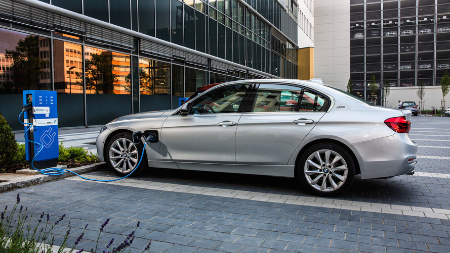 BMW To Focus On EV Versions Of Current Models