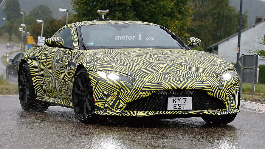 Photos espion - L'Aston Martin Vantage en montre un peu plus
