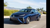 Toyota Mirai, l'auto a idrogeno è fra noi [VIDEO]