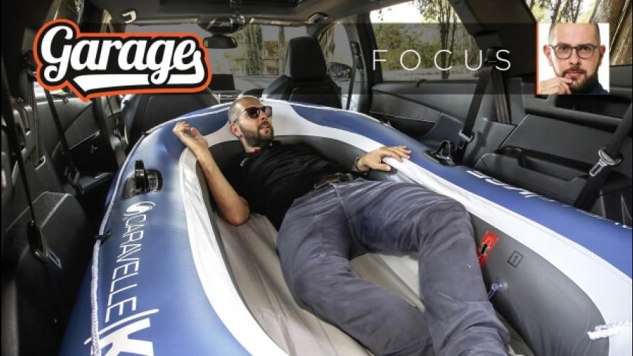 """L'abitacolo da """"barca"""" della Peugeot 5008 [VIDEO]"""