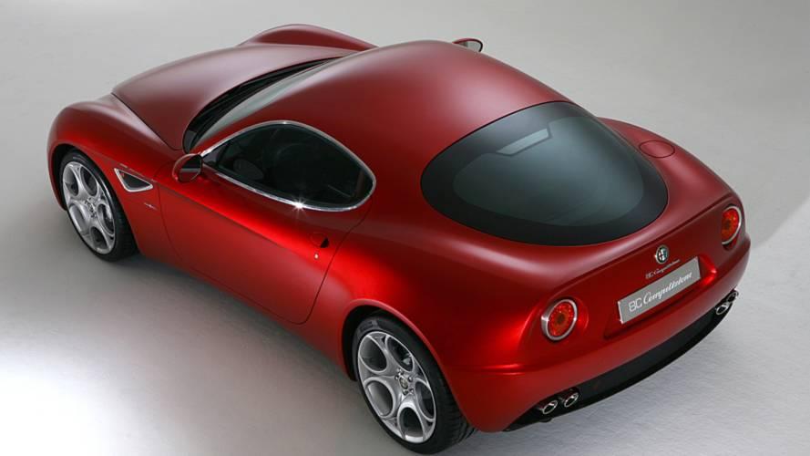 Alfa Romeo 8C Competizione, le foto storiche
