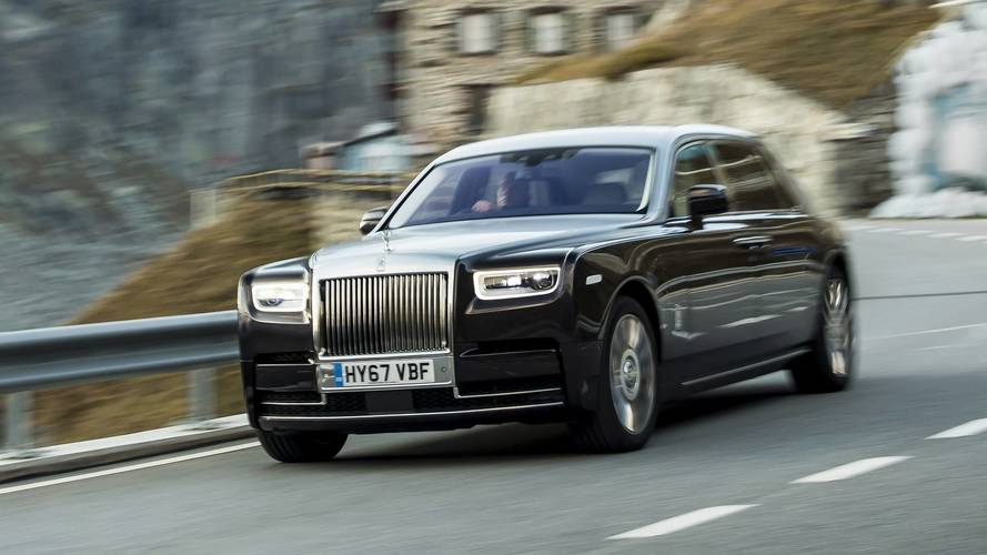 Video: Rolls-Royce Phantom 2018, ahora en movimiento