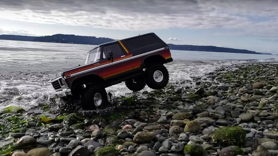 Watch This Ford Bronco R/C Prance On The Beach In Slow Motion