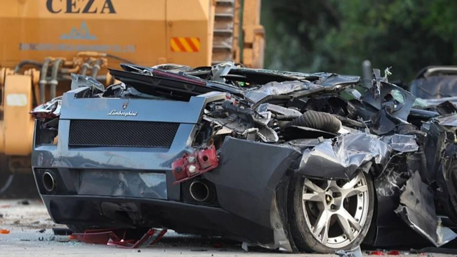 VIDÉO - 68 voitures de luxe détruites aux Philippines
