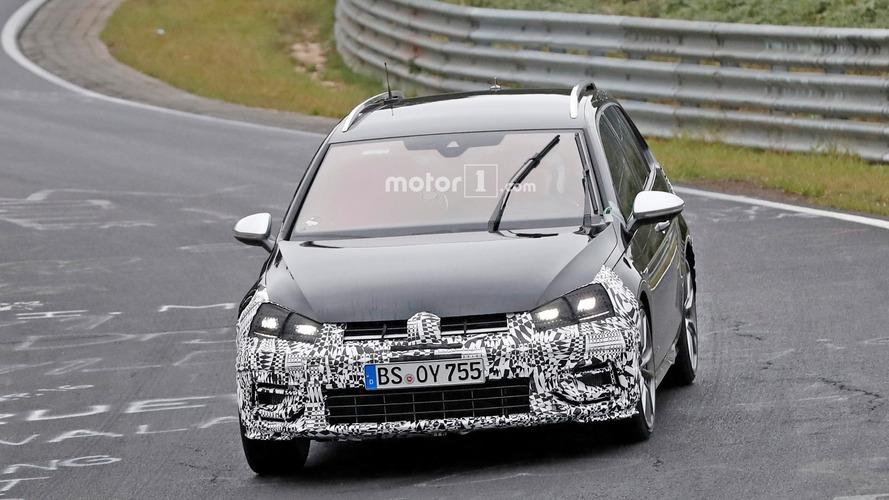 VW Golf R Variant facelift spy photos