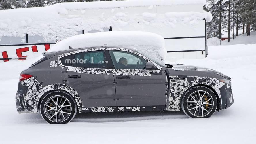 2019 Maserati Levante GTS casus fotoğraflar