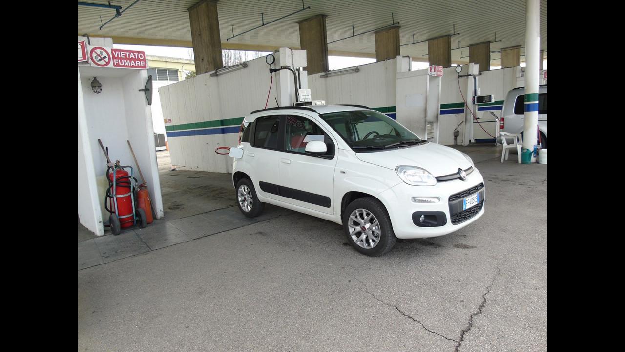 Fiat Panda a metano, test di consumo reale Roma-Forlì 050