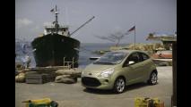 La Bond Girl guida la nuova Ford Ka
