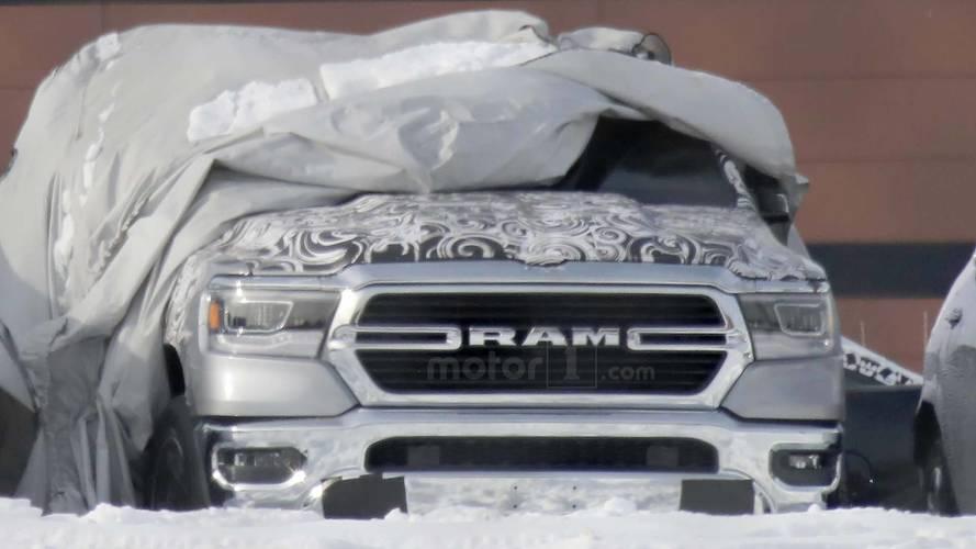 RAM 1500 2019 - Flagra
