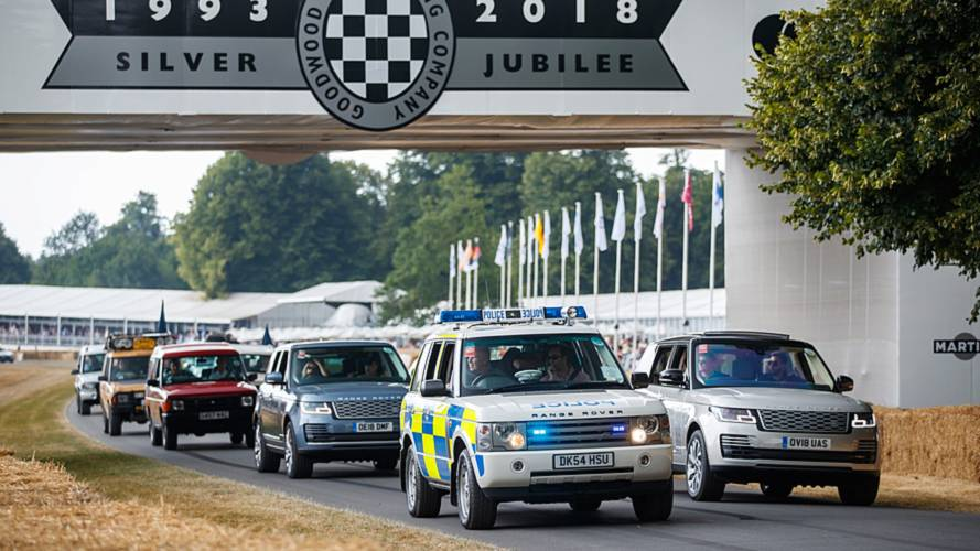 70 Land Rovers take part in Festival of Speed parade